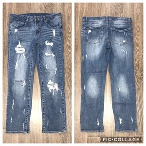 Windsor Distressed Cropped Jeans, Size 11